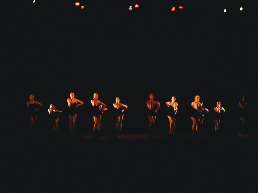 Dance+company+shimmies+to+Christina+Aguilera%27s+Burlesque+in+choreographer+Martha+Gray%27s+Shimmy+Shimmy+Strut.+