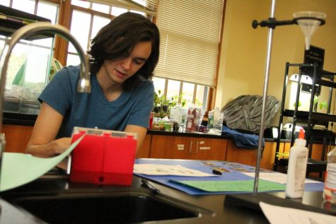 AP science classes add final to already rigorous course