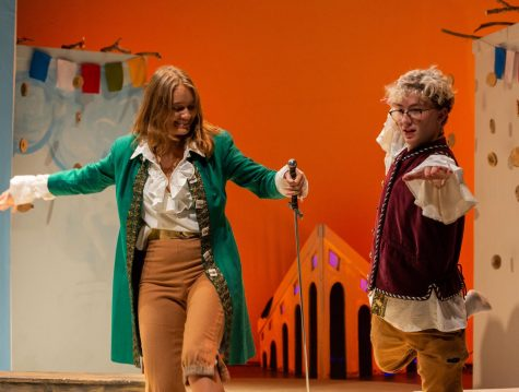 "Shakespeare returns to Masters with ""Twelfth Night"""